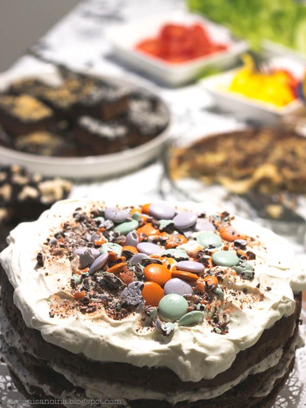 täytekakku, pätkiskakku, amerikan pastillit, kakku, syntymäpäiväkakku
