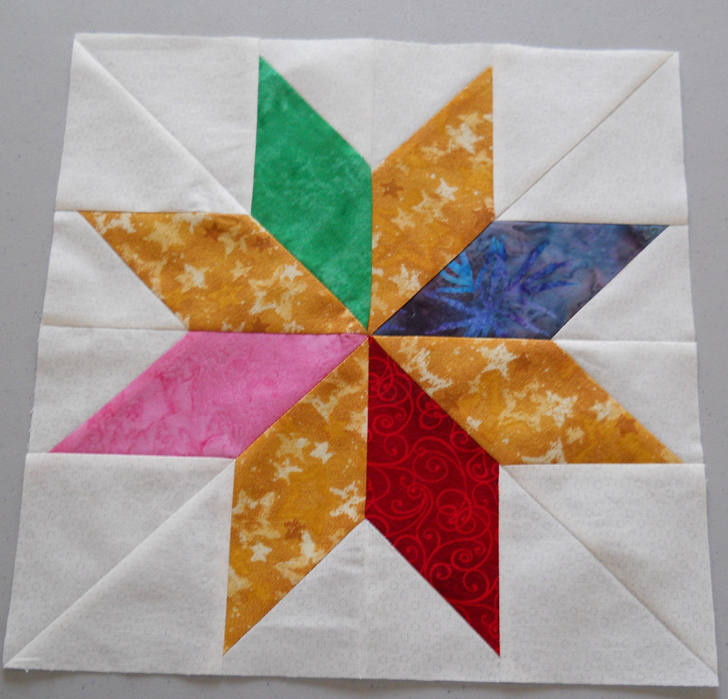 Free Quilt Pattern For 8 Point Star : Pointed Star Quilt Pattern Design Patterns