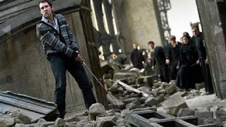 Imagen de Harry Potter 7 de Neville en la lucha final del Gran comedor