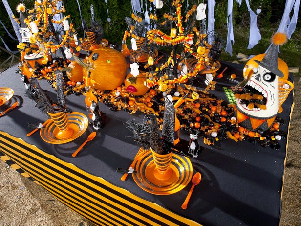 A Nightmare Before Christmas Halloween Tablescape