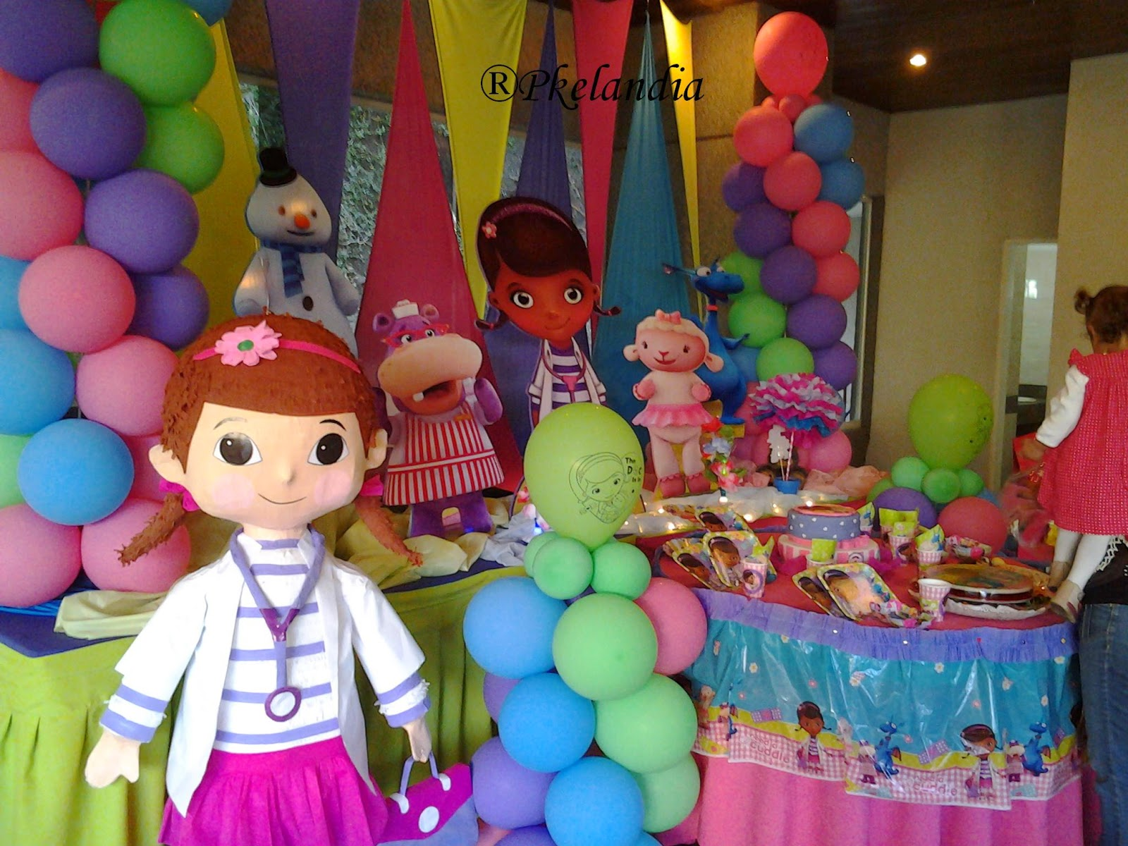 fiesta charla espectáculo de juguete