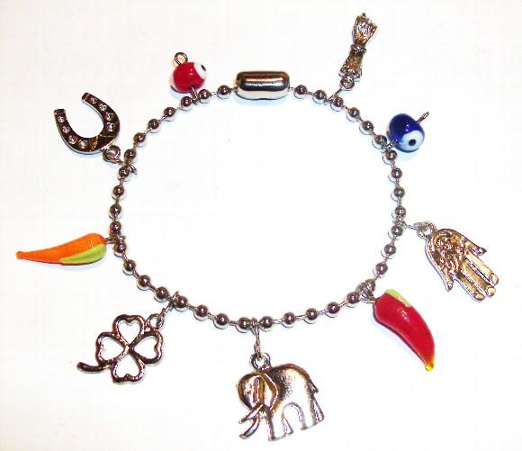 Julia gagliardi amuletos da sorte - Remedios contra la mala suerte ...