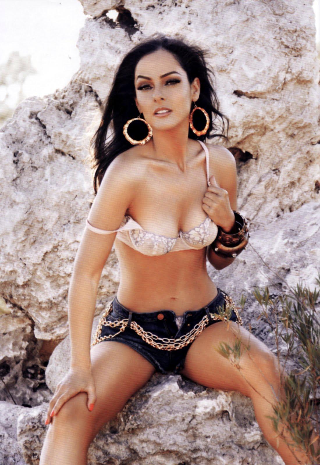 Andrea Garcia en Playboy Octubre 2012 - Fotos