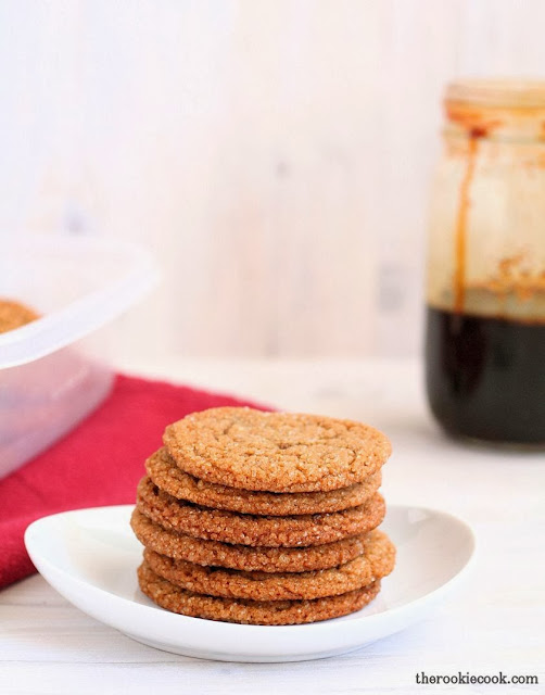 Iced Molasses Cookies ~ A sure way to impress your Christmas guests!