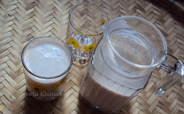 a special milk shake with dates...Irani Datteri dates...