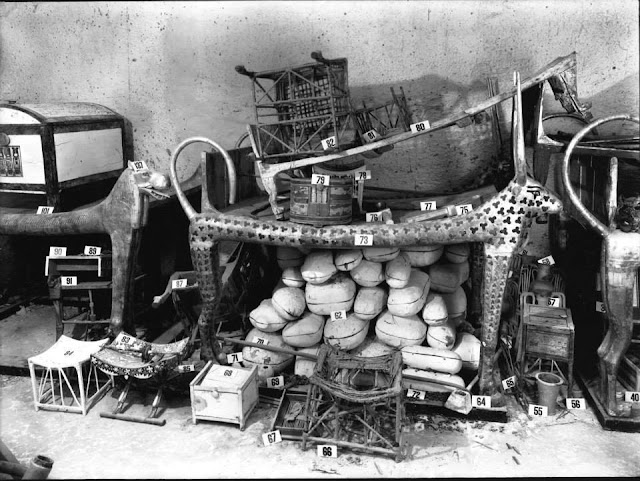 El Valle de los Reyes: Hipogeos, Templos y Arqueología
