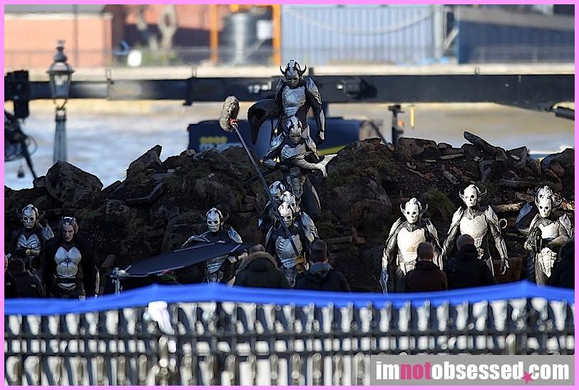 Elfos Oscuros en Thor 2: The Dark World