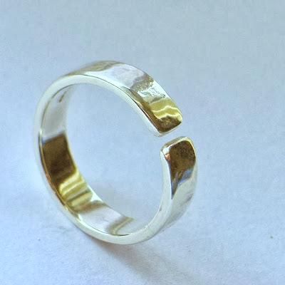 ethical adjustable wedding ring