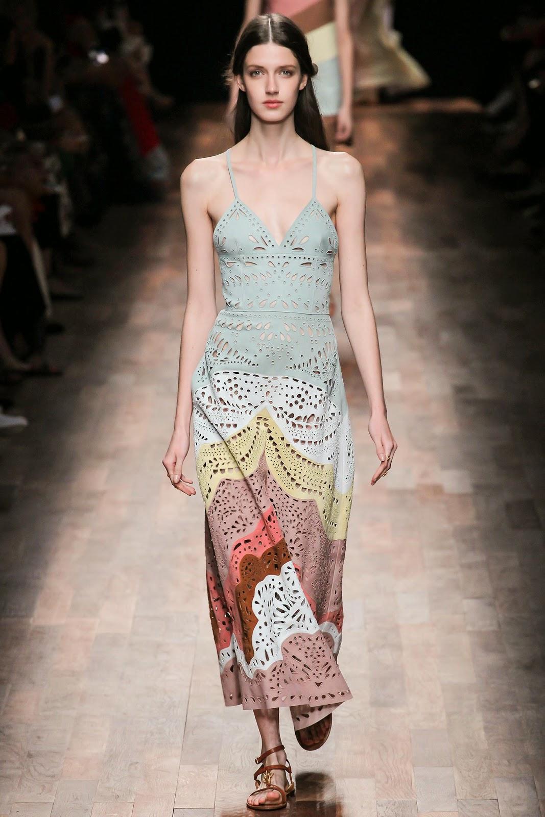 valentino 2015 summer 2016 trend women dress41 Valentino 2015 samling, våren sommaren 2016 Valentino klänning modeller, Valentino kväll klänning nya säsongen kvinnors kjolar modeller