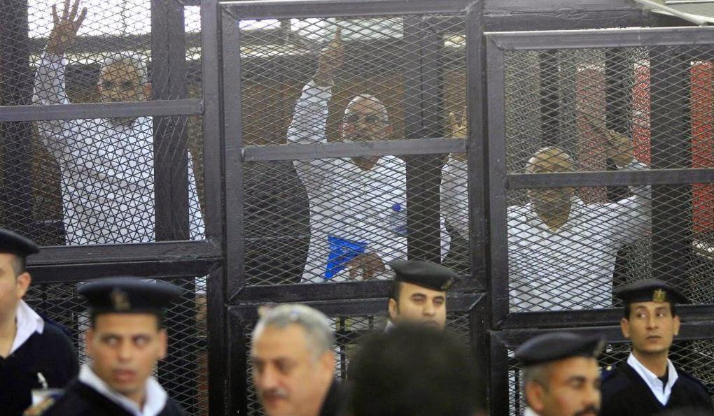 صدور الحكم على بديع والبلتاجي وصفوت حجازي و 11 قيادي اخواني
