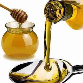 Hướng dẫn khắc phục tóc hết khô xơ bằng mật ong