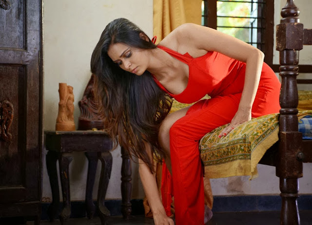Latest Telugu Movie Adavi Kachina Vennela Hot Photos, Adavi Kachina Vennela Spicy Pics