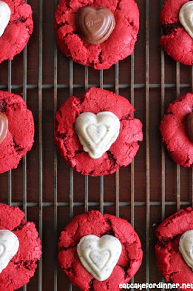 Red Velvet Sweetheart Cookies