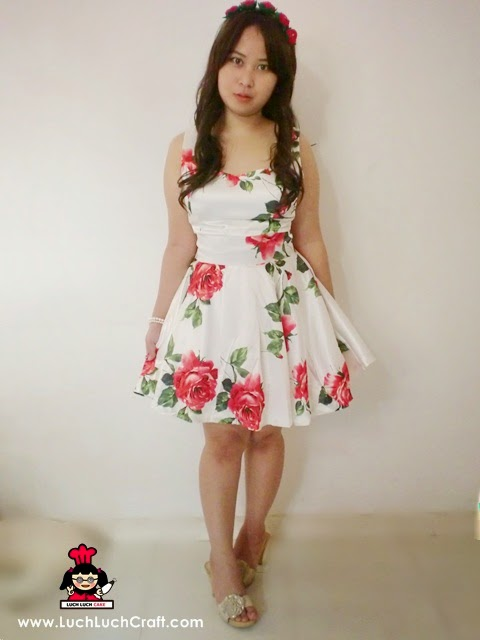 Fashion: Beautiful White Roses Dress Sheinside.com