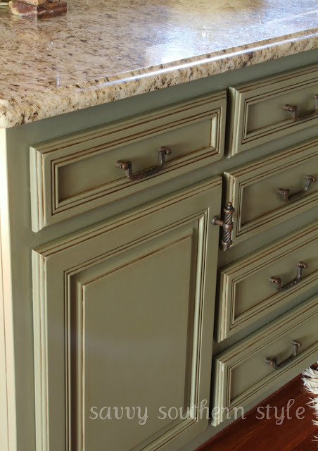 Savvy southern style kitchen cabinets tutorial for Chalk paint kitchen cabinets
