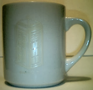 Doctor Who mug with disappearing TARDIS