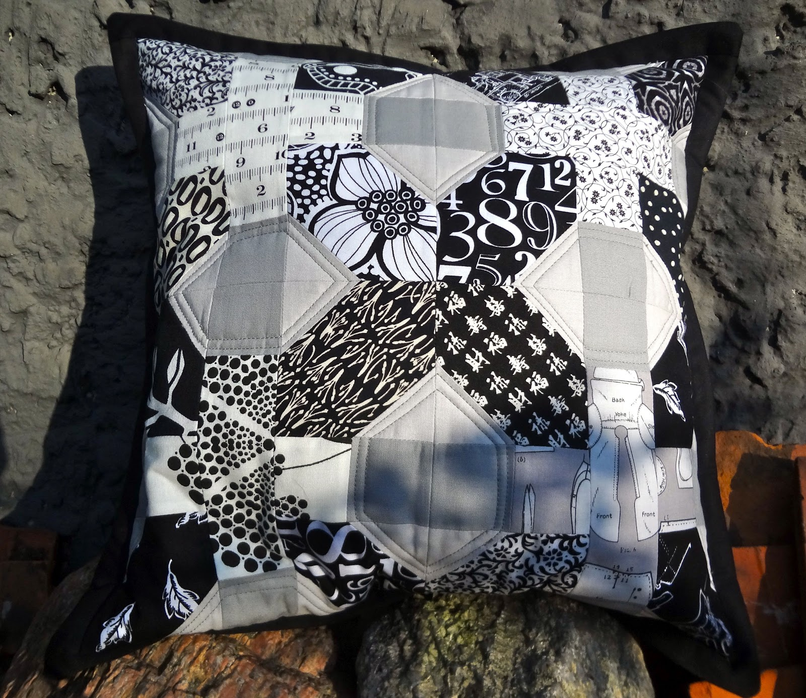floh stiche japanese x and. Black Bedroom Furniture Sets. Home Design Ideas