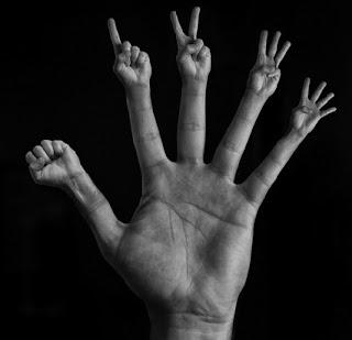 Degetele din vise | Semnificaţia şi interpretarea viselor