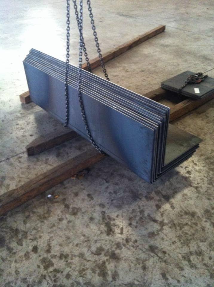 Reforzar pilares con hierro a medida murcia - Angulos de hierro ...