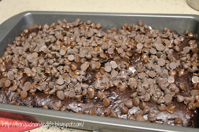 Living a changed life recipe review chocolate pudding cake for Living room 5 minute chocolate cake