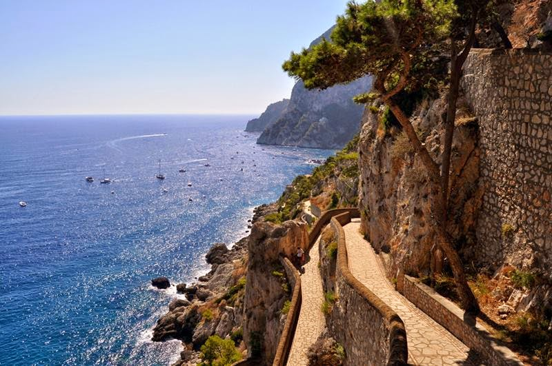 Via Krupp | Famous streets of the island of Capri, Italy