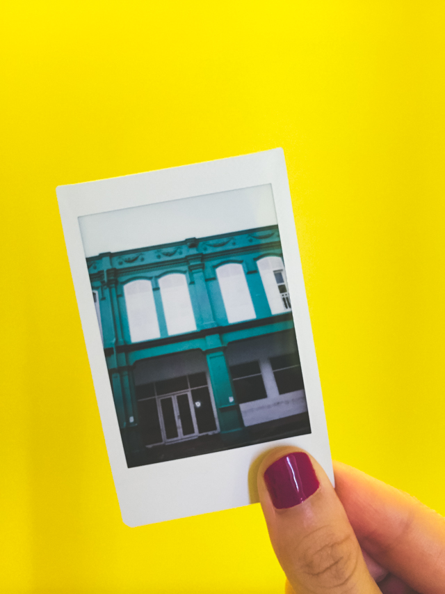 the colors of Singapore are so stunning! instax photo from Little India.
