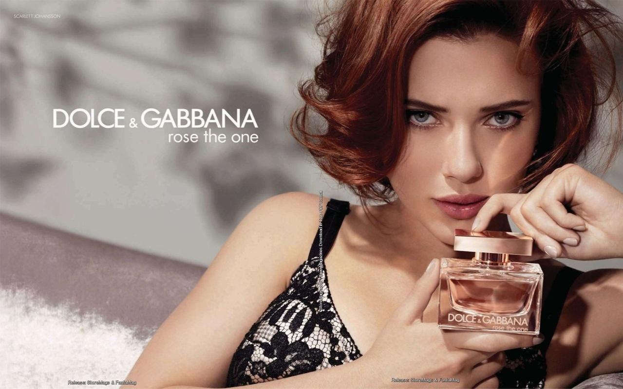 http://3.bp.blogspot.com/-CcpVGden9Gc/TswDf86DDII/AAAAAAAABRQ/zs1T60cH9fI/s1600/novembro-2011-scarlett-johansson-mostra-sua-versao-ruiva-para-a-nova-campanha-do-perfume-rose-the-one-da-dolce--gabbana-marca-da-%25282%2529.jpg