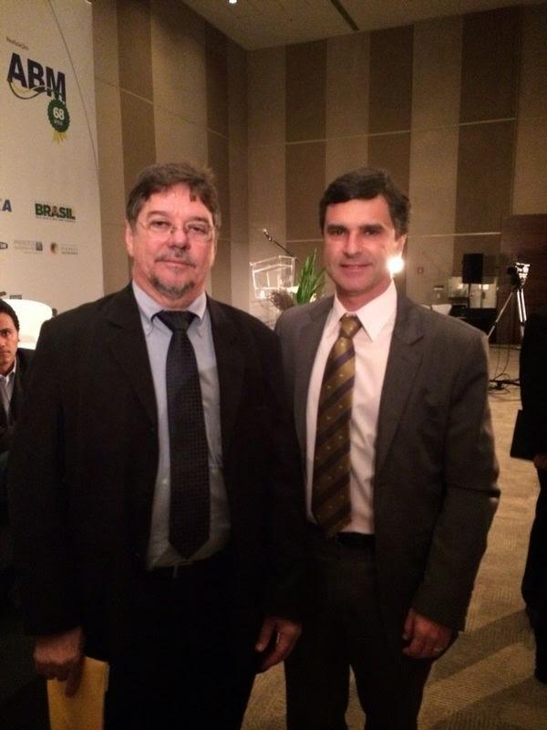 Subsecretário Leandro Coutinho com o presidente da Funasa, Gilson Queiroz