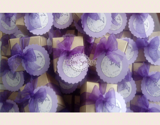 balsamo de labios personalizado para boda
