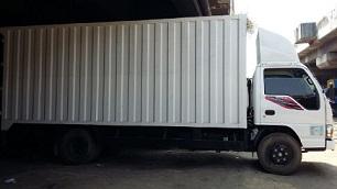Mobil Truk Indonesia untuk pengangkut Barang