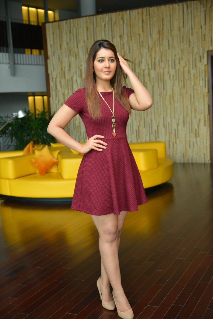Rashi Khanna Latest Photo2