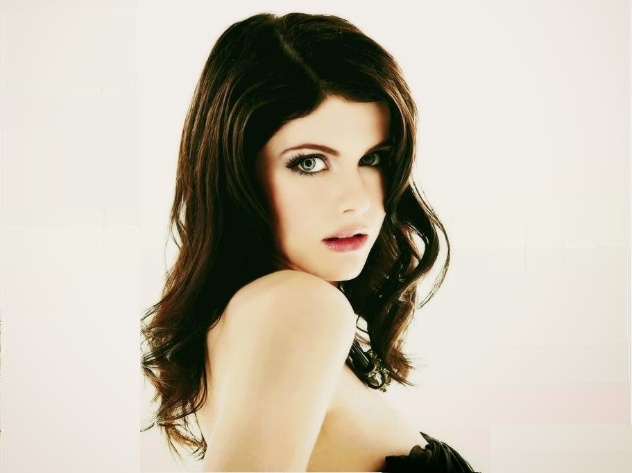 Group Of Free Download Alexandra Daddario