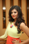 Sri mukhi Latest glam pics-thumbnail-5