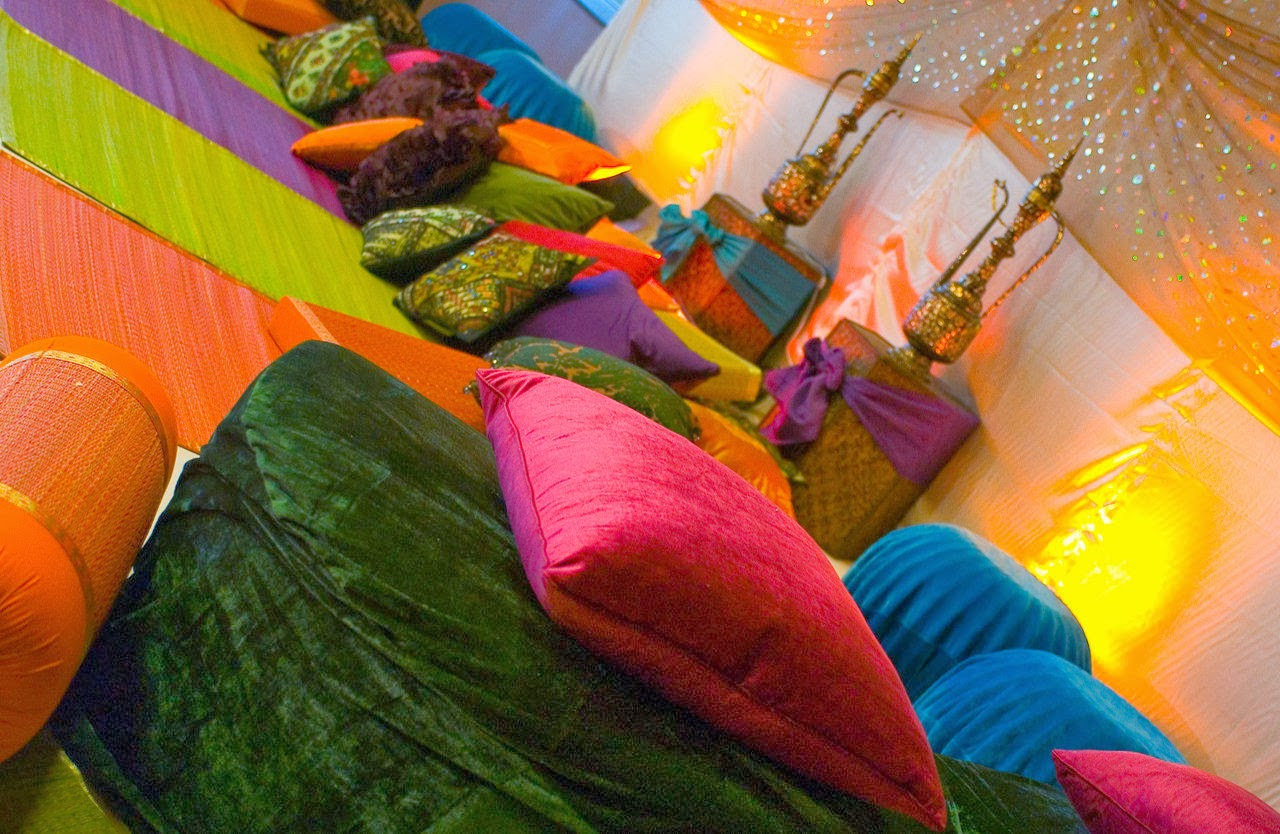 Henna Party London : Marquee hire ilford mehndi decorations london