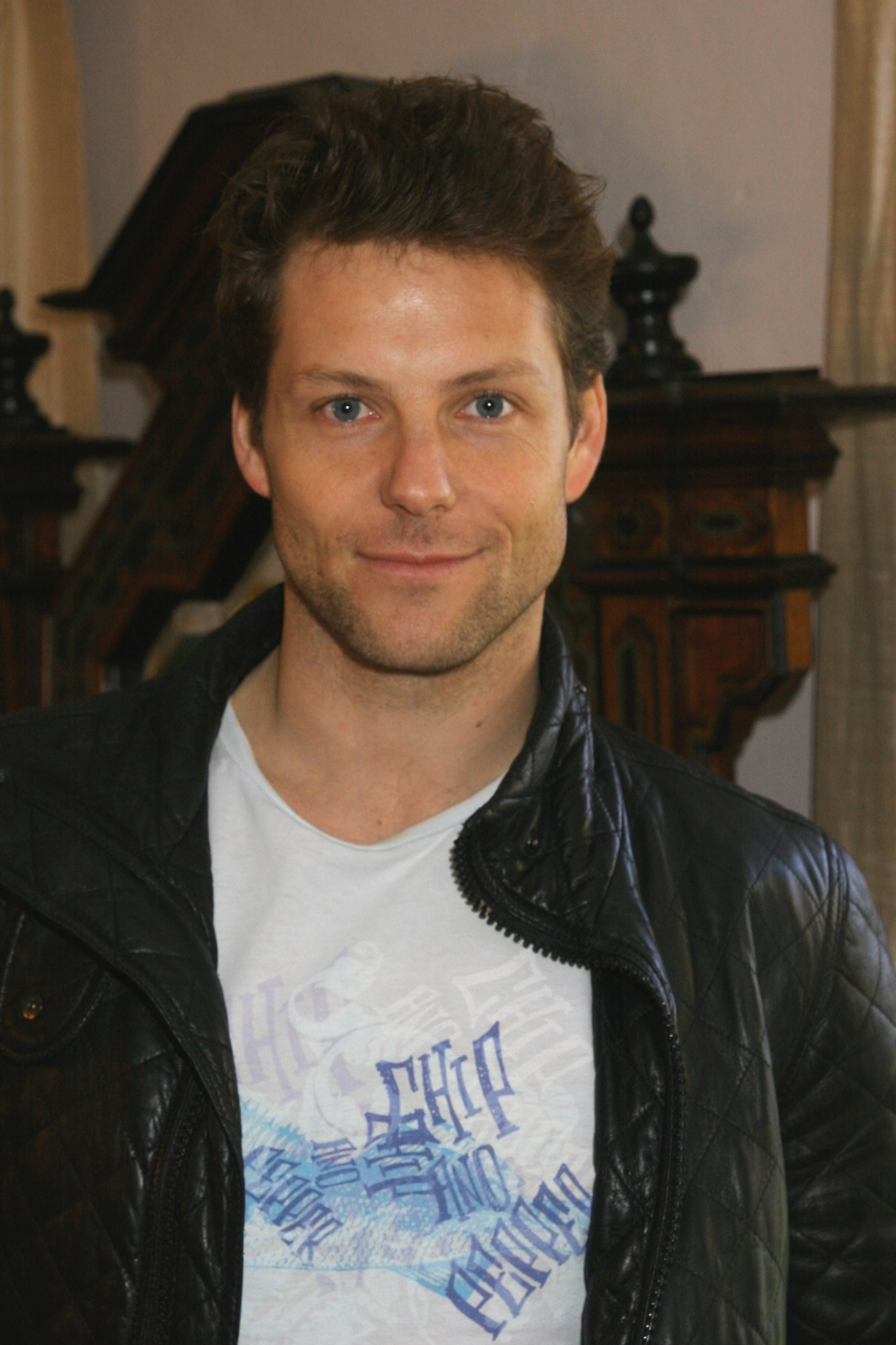 Jamie Bamber (born 1973 (dual British and American citizen) nude (91 foto and video), Pussy, Cleavage, Twitter, bra 2015