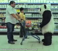 """Propaganda 'Nunca Diga Não ao Panda"""" - Never Say no To Panda (Supermercado / Supermarket) - 2010"""