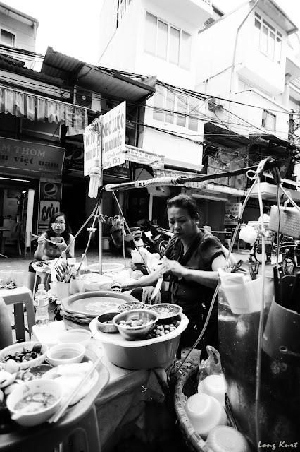Vietnamese roadside snails