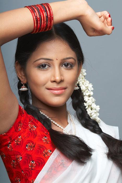 subhiksha spicy in saree hot images