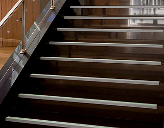 Reforma tu vivienda perfiles y complementos para - Pavimentos ceramicos interiores ...