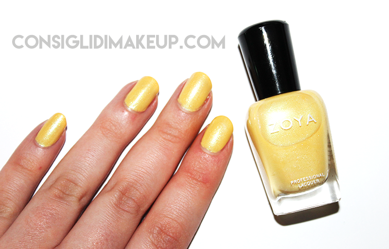 daisy zoya delight swatch