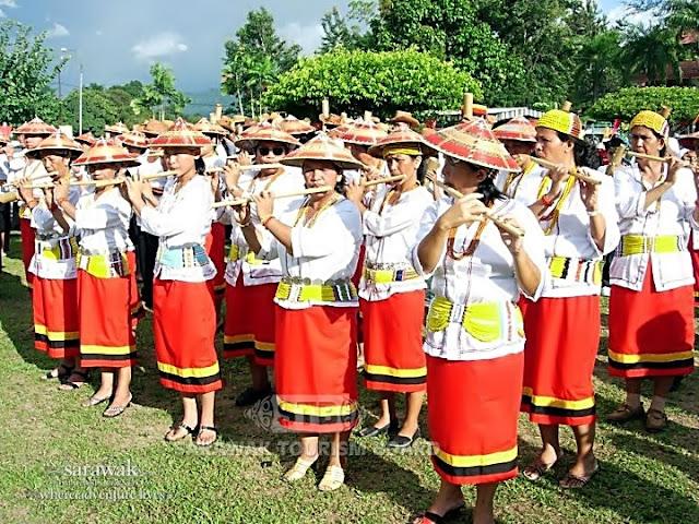 Lun Bawang Bamboo flute band (nguip suling) Sarawak Malaysia Borneo