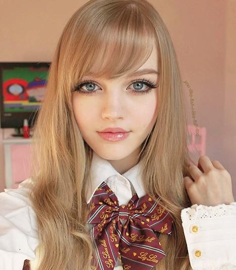Profil Dakota Rose, Biodata Cewek Cantik Imut Mirip Barbie