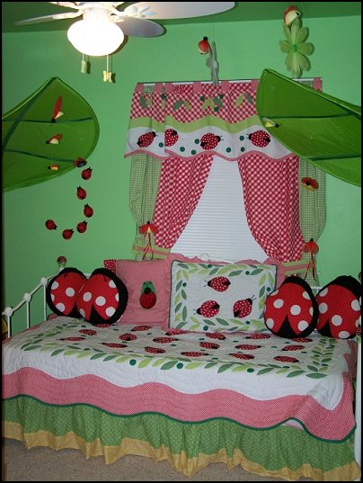 Garden Themed Bedrooms Decorating Butterfly Garden Themed Bedrooms Garden Theme Decor Floral Bedding