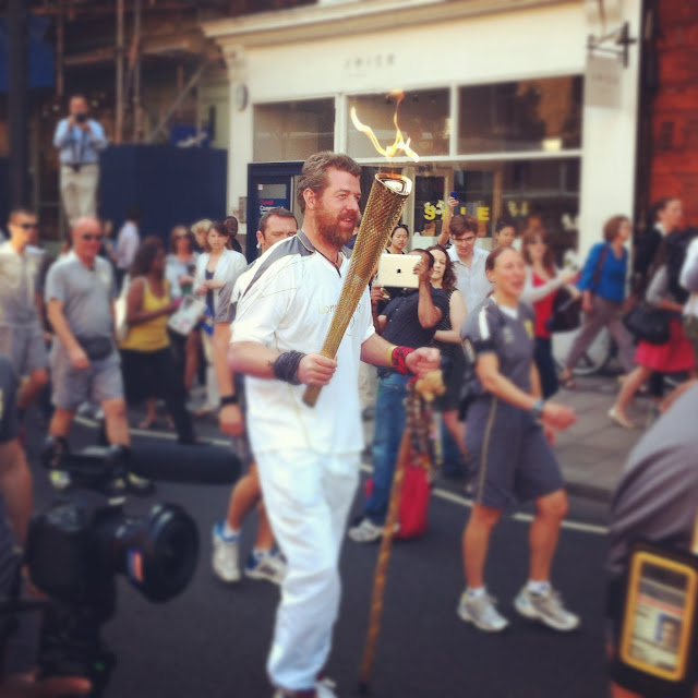 Olympic+torch+relay+Islington+Upper+Street+London+2012