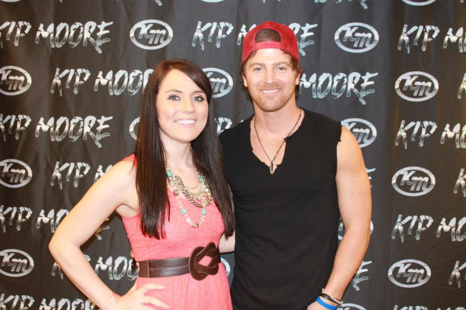 """who is kip moore dating Georgia native kip moore is having a blast on the road for his plead the fifth tour with drake white & the big fire check out the video he posted on his fb page last week with as they have some fun lip syncing to along to """"midnight train to georgia."""