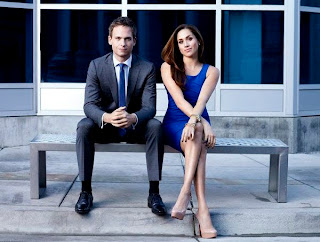 rachel zane suits long sexy legs