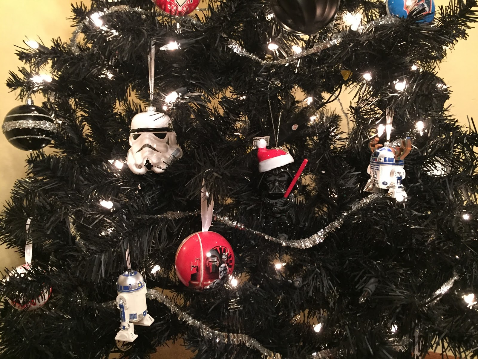 Complete With Star Wars Ornaments I Wanted More Red, But He Wanted Silver  Sadly Target Was Out Of The Yoda Tree Topper, And I Want The Darth Vader  Tree