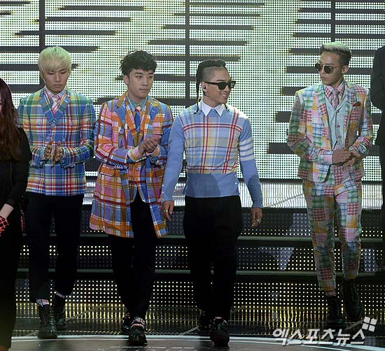 Big Bang's performances + fashion 22nd Seoul Music Awards