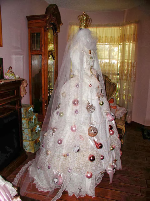 Came the inspiration for marie s bridal gown christmas tree below