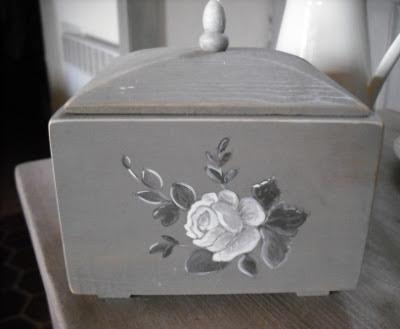 Cours peinture d corative meubles peints patin s boite en bois patin e gris - Meubles peints patines ...